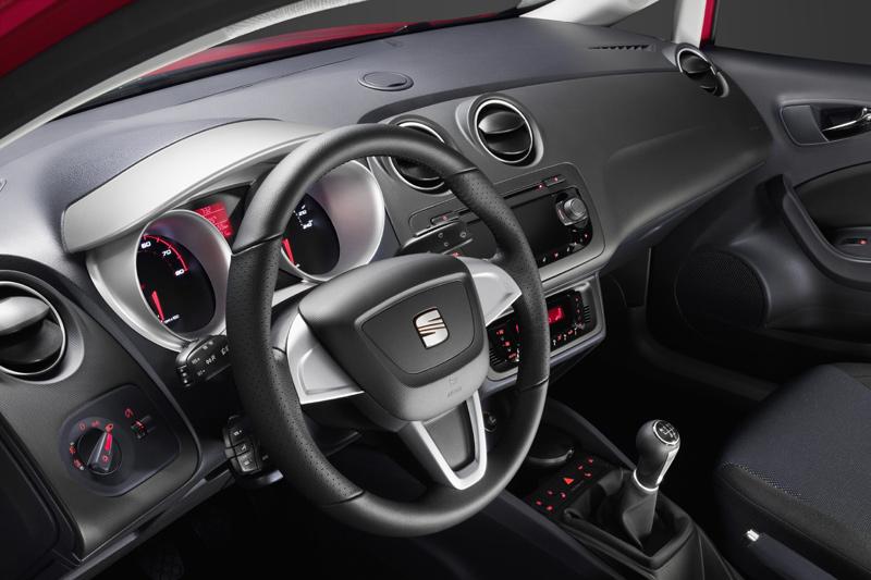 AUTOWEEK 2007 APR 30 - M-N C, VANTAGE ROADSTER, '55 IMPERIAL COUPE, RDX, 350Z