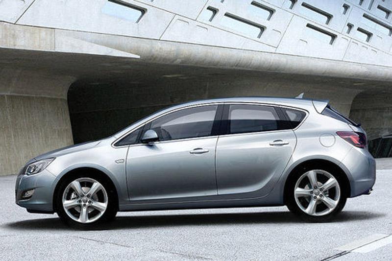 Новый Opel Astra 2012 седан 4 дв. технические характеристики