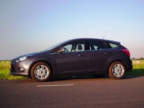 Ford Focus 1.0 EcoBoost 100pk ECOnetic Lease Titanium (2012) gebruikerservaring | Autoreviews ...