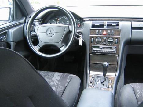 Mercedes Benz E 290 Turbo Diesel Avantgarde 1998