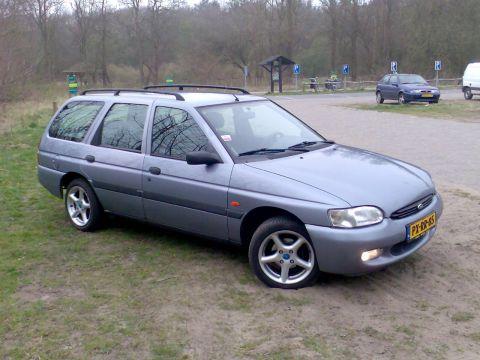 Ford Escort Wagon 1 6i Limited Edition 1997